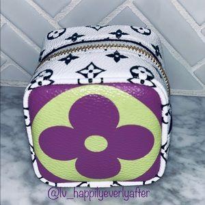 ❌SOLD❌Louis Vuitton Cube coin giant purse